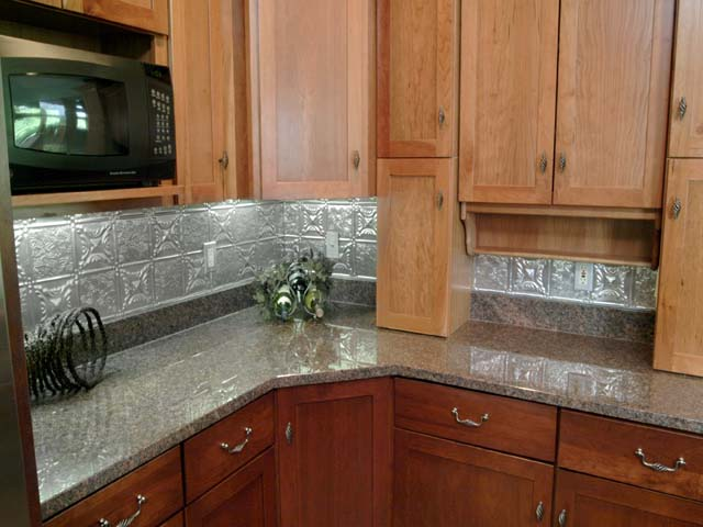 0610-grandmas-quilt-backsplash-tiles.jpg
