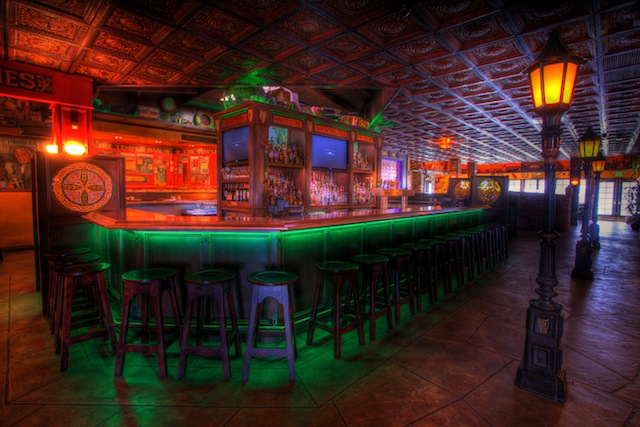 Brendan's Irish Bar and Pub is a beautifully done place.  They have used our Faux Tin Ceiling Tiles VC02 Rosewood Antique Copper.