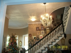 r32-styrofoam-ceiling-tiles-installed-in-victorian-home-in-texas.jpg