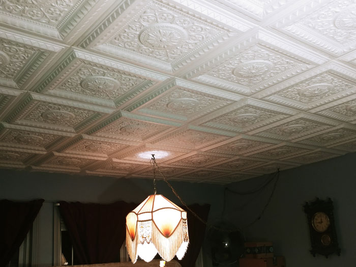 La Scala – Faux Tin Ceiling Tile – 24 in x 24 in – #223 - White Matte