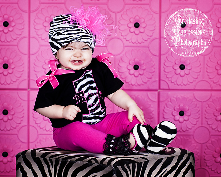 baby-portrait-with-a-pink-backdrop.jpg